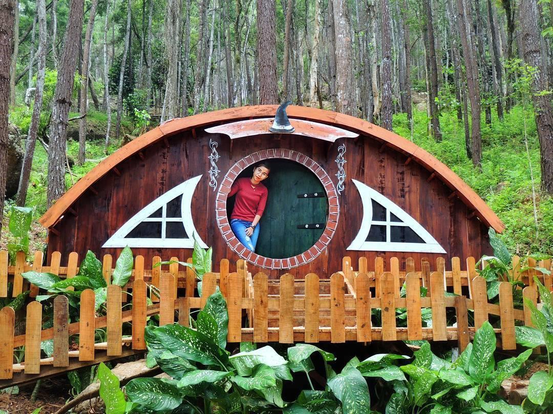 Rumah Hobbit, Seribu Batu Songgo Langit - Nginapdijogja
