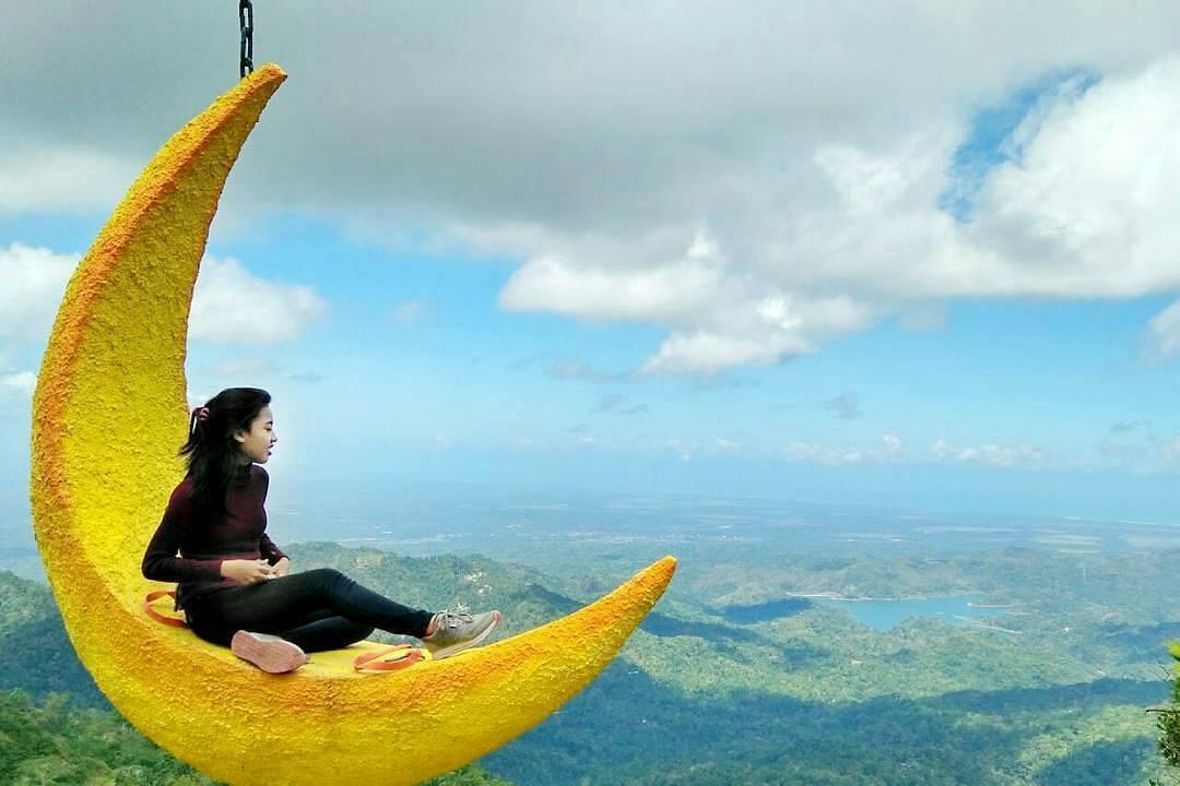 Tebing Gunung Watu Gajah - Nginapdijogja