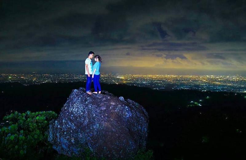 Kalau ingat Jogja niscaya ingat yang istimewa ya dari salah satu provinsi di Indonesia yang 5 Destinasi Wisata Terbaik Di Jogja Dengan Spot Foto Instagramable di Malam Hari Yang Wajib Dikunjungi