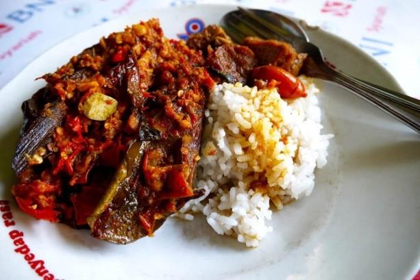 Mangut Lele Mbah Katro - Kuliner Legendaris di Yogyakarta