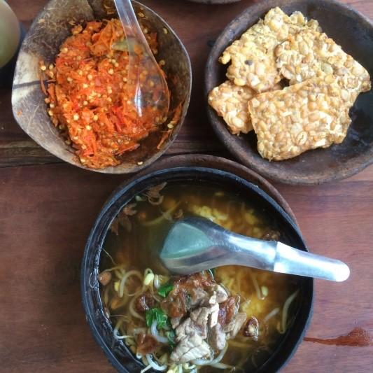 Saoto Bathok Mbah Katro - Kuliner Legendaris di Yogyakarta